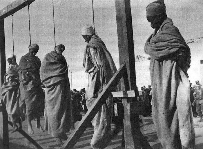 En 1911 Mission Civilisatrice De L Italie En Libye