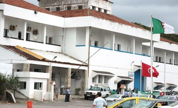 Le passage de Sakiet Sidi Youssef fermé — Taxe de circulation