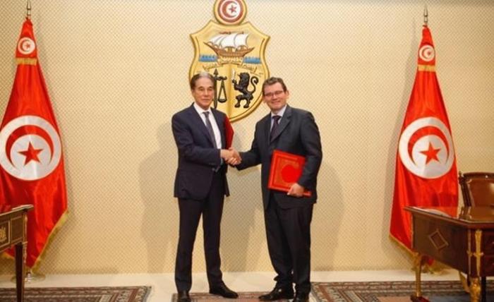 Poursuit son développement en Tunisie — Peugeot