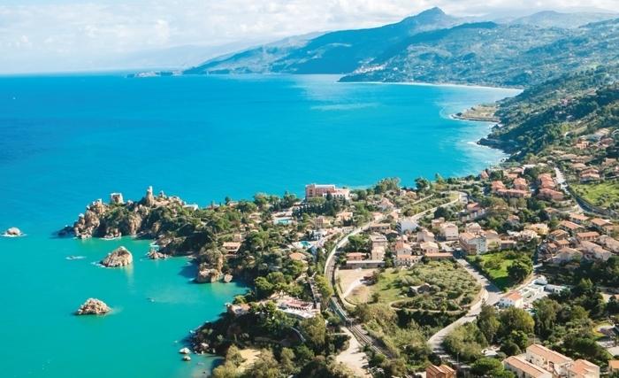 Une relation méditerranéenne deux fois millénaire: la Tunisie et la Sicile