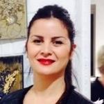 Talents tunisiens à l'étranger: Dorra Azzouz, un langage or et argent