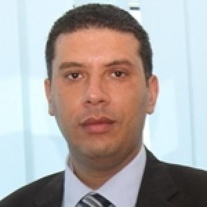 Qui est Moez Lidinallah Mokadem, nouveau chef de cabinet du ministre de la Fonction publique...
