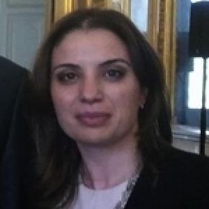 Inès Kharrat Driss, la Tunisienne qui vient de décrocher le diplôme de l'ENA France 2016