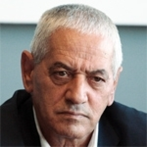 Houcine Abassi critique le gouvernement mais défend son chef