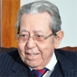 Mansour Moalla: Un redressement urgent s'impose