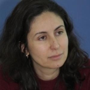 Nouveau livre d'Olfa Youssef : ''Ahla Kalam'', face à l'injure...