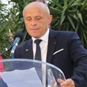 L'ambassadeur de France, Olivier Poivre d'Arvor : Faire face ensemble aux obstacles, aux doutes ; cette belle Tunisie ira bien loin