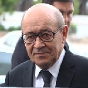 Exclusif - Jean-Yves Le Drian, ce dimanche à Tunis, puis en Libye