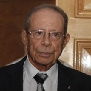Youssef Chahed en visite (familiale) au Dr Hamed Karoui