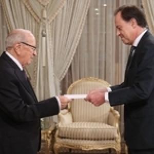 Le président de la République reçoit les lettres de créance de six nouveaux ambassadeurs (Album Photos)